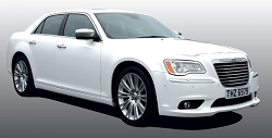 Chrysler 300c Saloon (white)