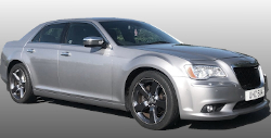 Chrysler 300 Saloon (silver)